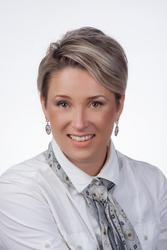 Lize van Bylevelt, estate agent