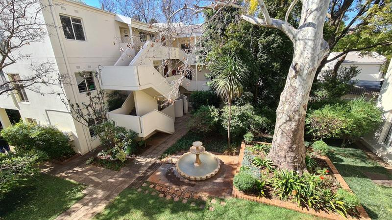 Property For Sale in Illovo, Sandton 3