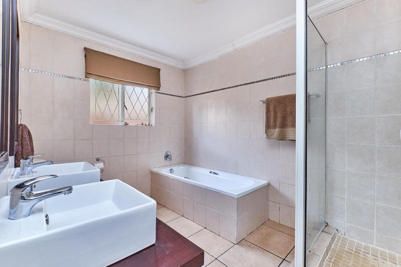 Property For Sale in Weltevreden Park, Roodepoort 16