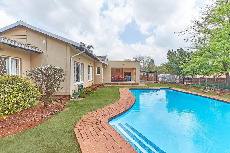 Property For Sale in Weltevreden Park, Roodepoort 23