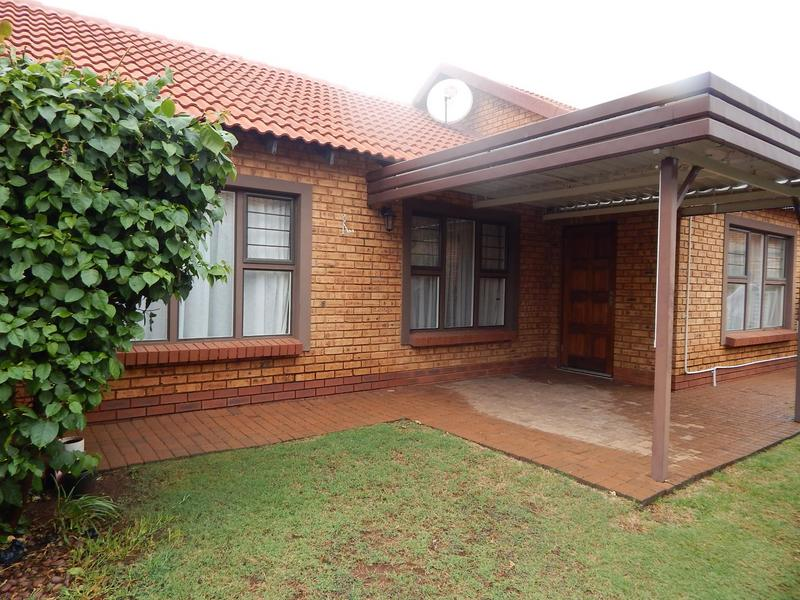 Property For Sale in Willow Park Manor, Pretoria 1