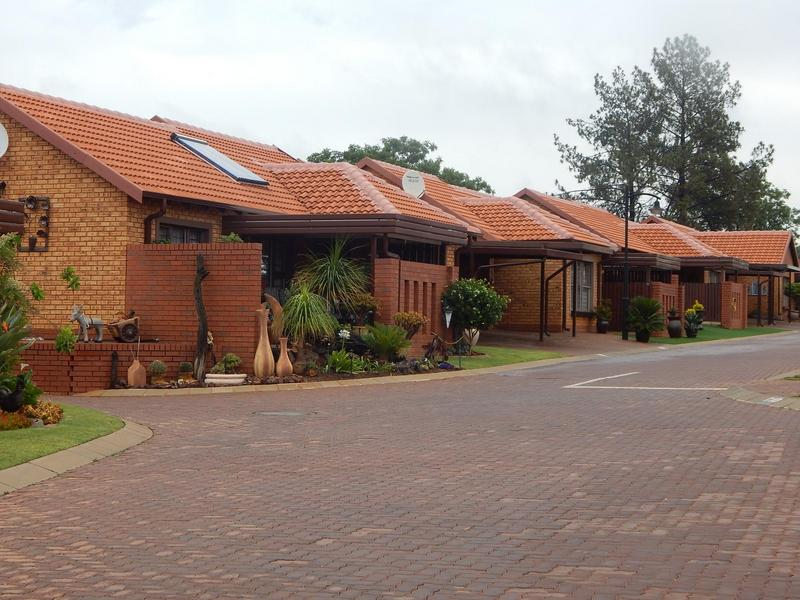 Property For Sale in Willow Park Manor, Pretoria 13