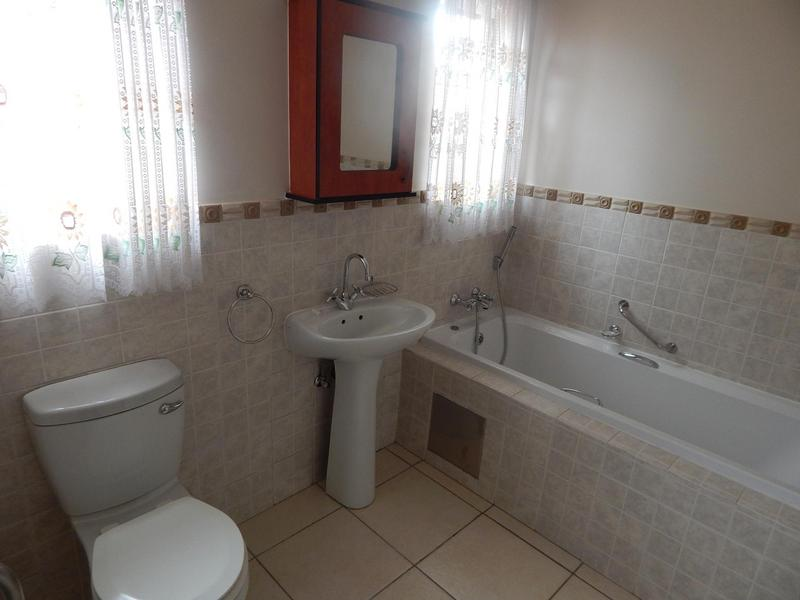 Property For Sale in Willow Park Manor, Pretoria 8