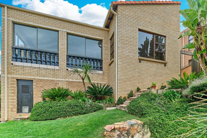 Property For Sale in Helderkruin, Roodepoort 1
