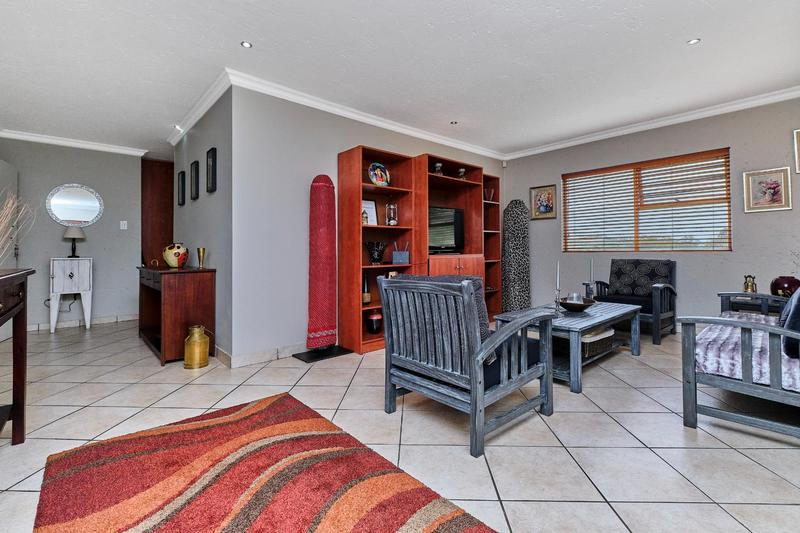 Property For Sale in Helderkruin, Roodepoort 13