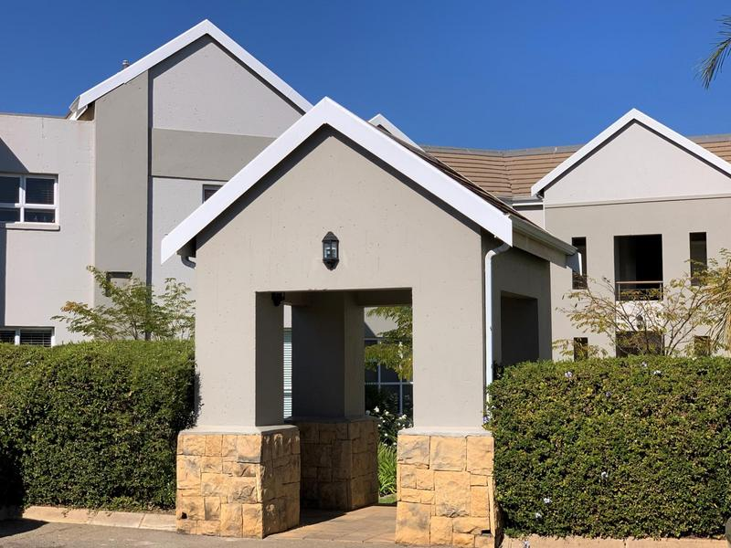 Property For Sale in Eagle Canyon Golf Estate, Roodepoort 16