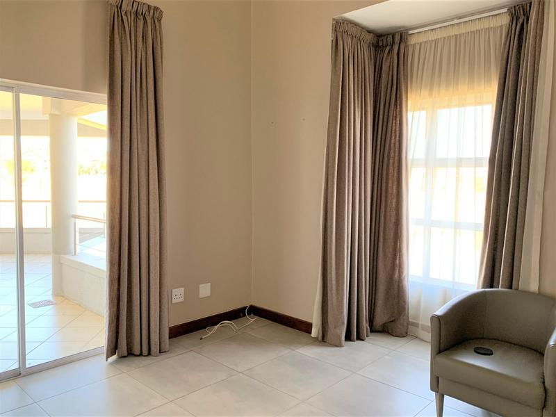 Property For Sale in Eagle Canyon Golf Estate, Roodepoort 8