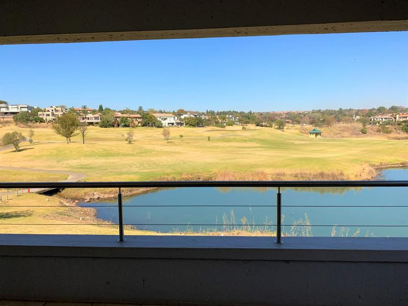Property For Sale in Eagle Canyon Golf Estate, Roodepoort 2